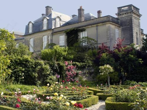 Anthony Barton's garden at Château Léoville Barton